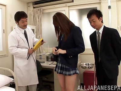 Kinky video of sexy Yui Tatsumi getting pleasured by two guys